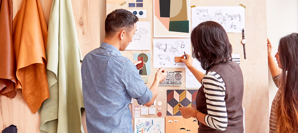 Two Fossil Group design employees complete their vision board