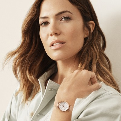 Fossil Brand partners with Mandy Moore for Fall 2018 Campaign