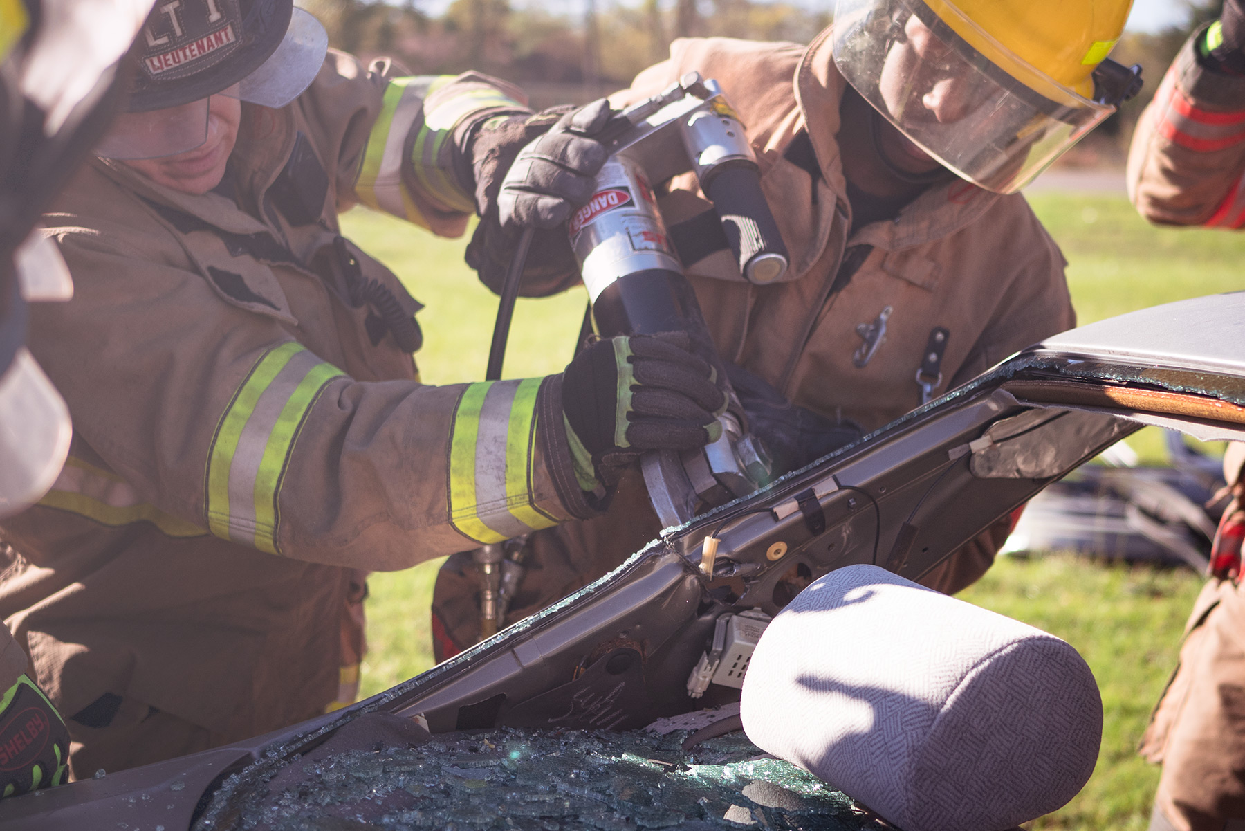 trainees undergo jaws of life training at van zandt fire department