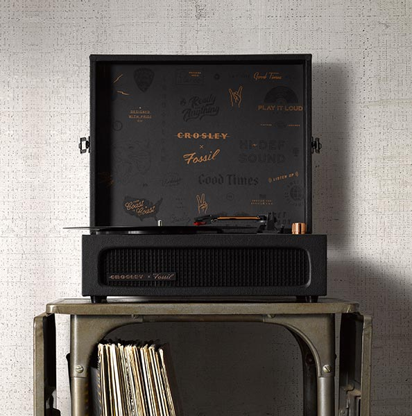 7317dc853277 Blending the brands  mutual passion for retro resurgence and appreciation  for the power of music